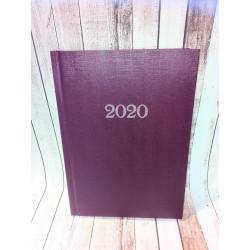 Kalendarz Dzienny 2026, Kalendarz Książkowy 2026, Kalendarz Dzienny Książkowy 2026 - WEEKENDY NA 2 STRONACH